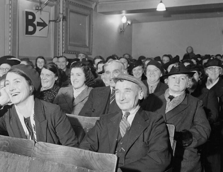 Cinema audience WW2