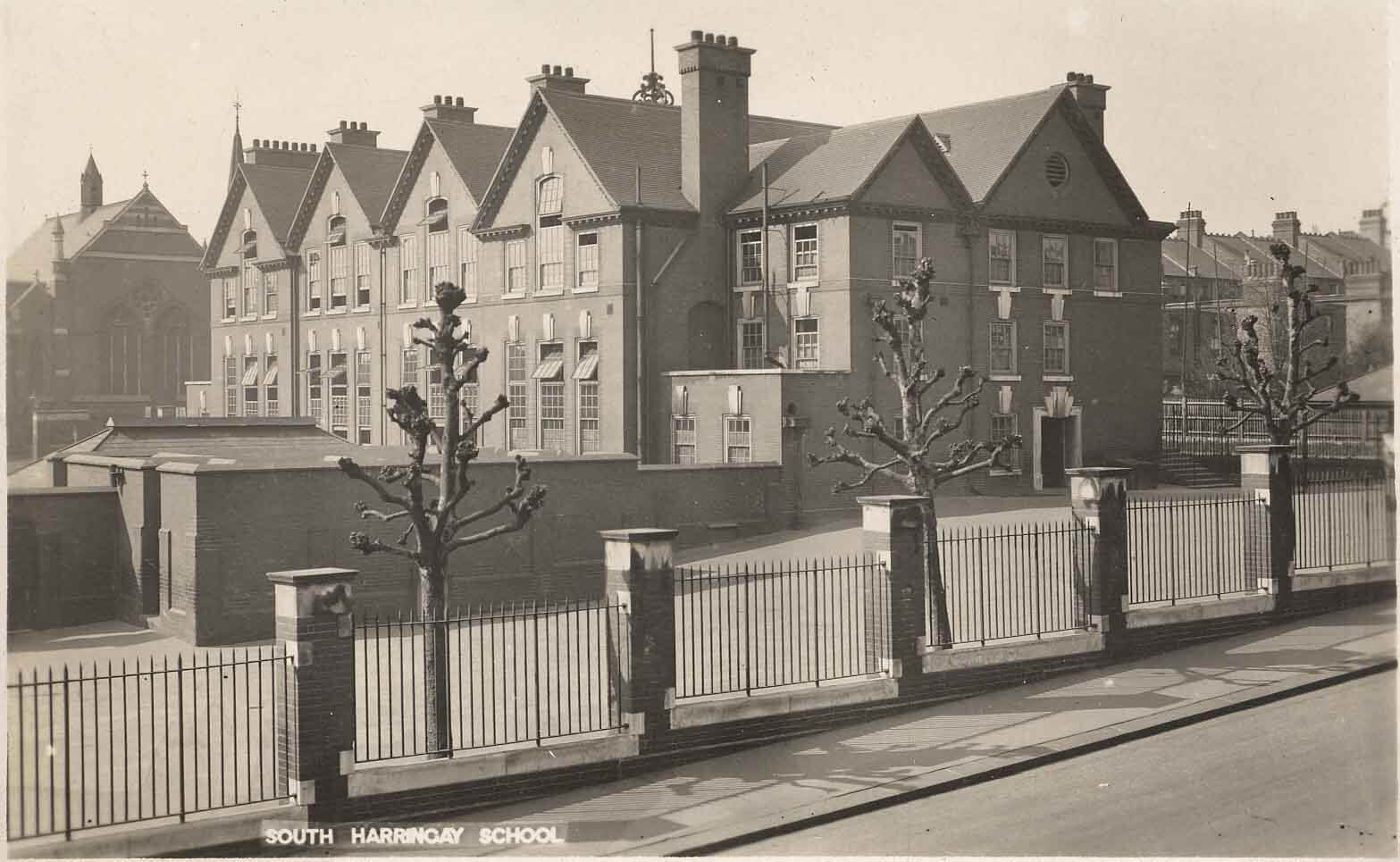 South Harringay School